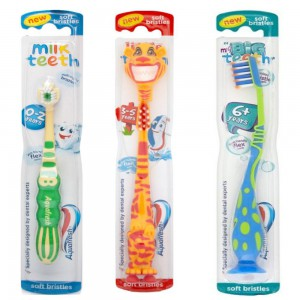 Aquafresh Milk, Little & Big Teeth Toothbrush - image